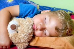 EFT Kinder Sorgen lösen, ruhig schlafender junge
